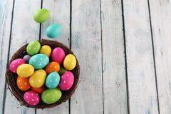 Fondo de Pascua con la hierba Foto de archivo libre de regalías
