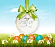 Fondo de Pascua de la primavera Huevos de Pascua en hierba
