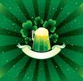 Fondo de Patrick con la cerveza Imagenes de archivo