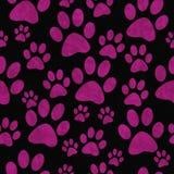 Fondo de Paw Prints Tile Pattern Repeat del perro rosado y negro Imágenes de archivo libres de regalías
