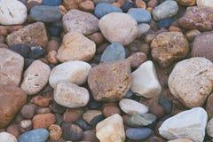 Fondo de piedra de la textura de la naturaleza de las rocas coloridas Fotos de archivo libres de regalías