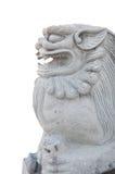 Fondo de piedra del aislamiento de la estatua del león Foto de archivo