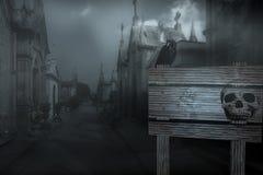 Fondo de Spookyt Halloween con el cartel del aviso Imágenes de archivo libres de regalías