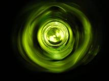 Fondo de una botella verde fotos de archivo