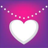 Fondo dei biglietti di S. Valentino con una collana di forma del cuore Fotografia Stock
