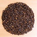 Fondo dei chicchi di caffè arrostiti. Fotografia Stock