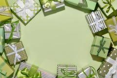 Fondo dei contenitori di regalo Immagini Stock Libere da Diritti