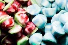 Fondo dei fagioli di gelatina assortiti colorati multi, masticante il primo piano delle caramelle fotografia stock