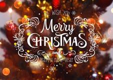 Fondo del árbol de navidad y decoraciones de la Navidad con empañado, chispeando, Feliz Navidad el brillar intensamente y del tex Imágenes de archivo libres de regalías