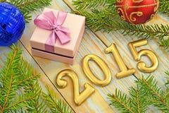 Fondo del Año Nuevo con las decoraciones Imágenes de archivo libres de regalías
