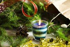 Fondo del Año Nuevo y de la Navidad con las velas Fotografía de archivo libre de regalías