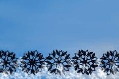 Fondo del Año Nuevo y de la Navidad con los copos de nieve para su texto Foto de archivo libre de regalías