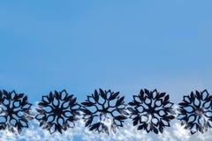 Fondo del Año Nuevo y de la Navidad con los copos de nieve para su texto Fotos de archivo libres de regalías