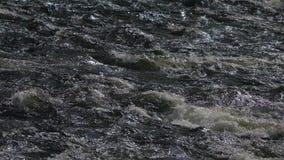 Fondo del agua en la cámara lenta metrajes