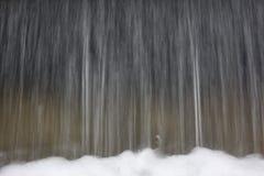 Fondo del agua que cae Imágenes de archivo libres de regalías