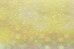 Fondo del amarillo Nevado con el bokeh Imagenes de archivo