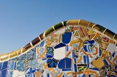 Fondo del azulejo en el parque Guell en Barcelona España Imágenes de archivo libres de regalías