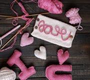 Fondo del biglietto di S. Valentino, cuore, giorno di biglietti di S. Valentino, regalo, fatto a mano Fotografie Stock Libere da Diritti