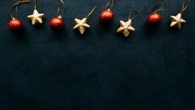 Fondo del blu di festa dei giocattoli di Natale Immagini Stock