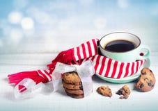 Fondo del café del concepto de Navidad del invierno y del concepto de las galletas Fotos de archivo