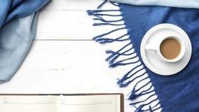 Fondo del café y de la bufanda Fotografía de archivo libre de regalías