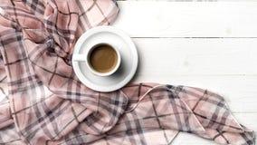 Fondo del café y de la bufanda Foto de archivo libre de regalías