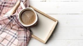 Fondo del café y de la bufanda Foto de archivo