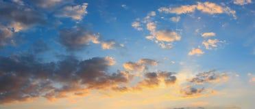 Fondo del cielo e della nuvola di panorama Immagini Stock
