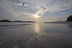 Fondo del cielo en salida del sol Composición de la naturaleza Fotografía de archivo