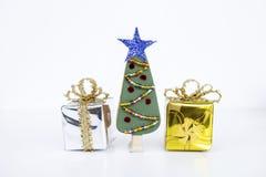 Fondo del concepto de la Navidad del árbol de navidad de madera hecho a mano del diseño Imagen de archivo