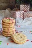 Fondo del concepto de la Navidad y de la celebración del día de fiesta del Año Nuevo Galleta hecha en casa de la nuez, torta dulc Fotografía de archivo libre de regalías