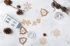 Fondo del día de fiesta del Año Nuevo de la Navidad con la decoración festiva Foto de archivo