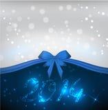 Fondo del día de fiesta con la cinta azul del arco Foto de archivo libre de regalías