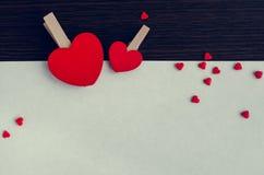Fondo del día de tarjetas del día de San Valentín con los corazones Fotografía de archivo libre de regalías
