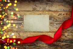 Fondo del día de tarjetas del día de San Valentín del día de fiesta con la cinta roja Imagen de archivo
