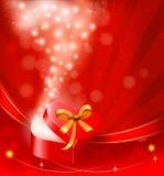 Fondo del día del `s de la tarjeta del día de San Valentín con el rectángulo de regalo abierto. Imagen de archivo