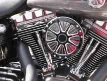 Fondo del dettaglio del primo piano del motore cromato motociclo Immagine Stock Libera da Diritti