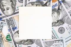 Fondo del dinero con la maqueta negra Lugar oscuro de Copyspace para el texto Moneda de los E.E.U.U. cientos fondos de los billet Fotos de archivo libres de regalías
