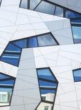 Fondo del edificio de oficinas, vertical Fotografía de archivo libre de regalías