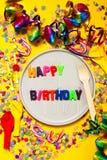 Fondo del feliz cumpleaños, del partido o del carnaval o wi del concepto del partido Fotografía de archivo libre de regalías