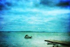 Fondo del Grunge con la opinión del mar Fotografía de archivo libre de regalías