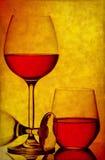 Fondo del grunge de los vidrios de vino imágenes de archivo libres de regalías