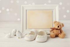 Fondo del marco del nacimiento del bebé imagen de archivo