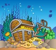 Fondo del mare con la vecchia cassa di tesoro Fotografia Stock