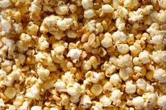 Fondo del popcorn del caramello Fotografie Stock Libere da Diritti