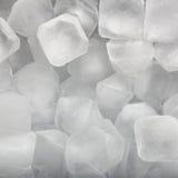 Fondo del primo piano freddo fresco dei cubetti di ghiaccio Fotografia Stock Libera da Diritti
