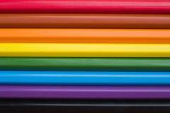 Fondo del primo piano multicolore delle matite Immagini Stock
