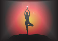 Fondo del resplandor de la actitud del árbol de la yoga Fotos de archivo