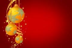 Fondo del rojo del oro de las bolas de la Navidad imagenes de archivo