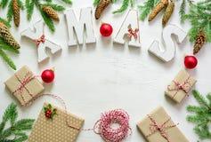 Fondo del saludo de la Navidad o del Año Nuevo Imagenes de archivo